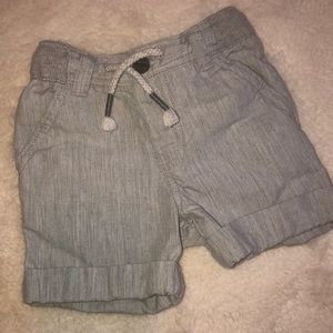 Like new Cat And Jack pull on toddler shorts